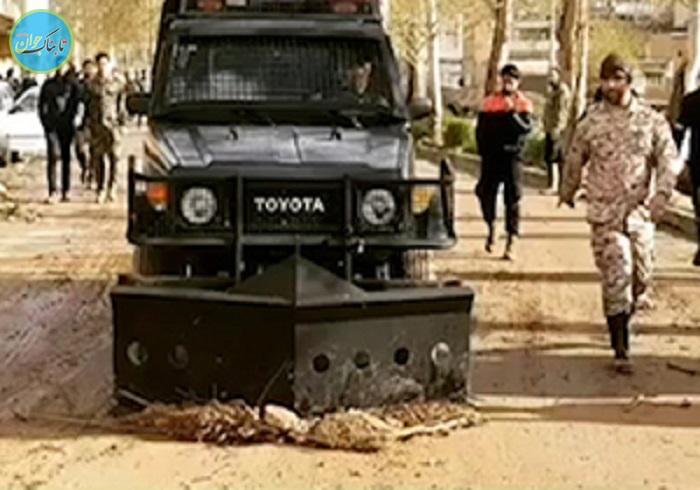 بسته خبری: خودروهای ضد شورش در لرستان چه میکنند؟!