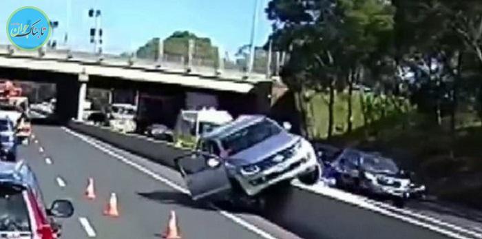 بسته خبری: سرانجام فرار کردن راننده از عوارضی اتوبان!
