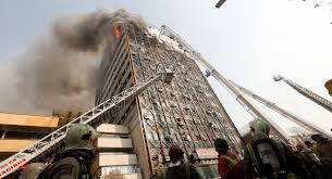 فیلم دیدهنشده از تلاش آتشنشانان برای خروج از پنجره پلاسکو