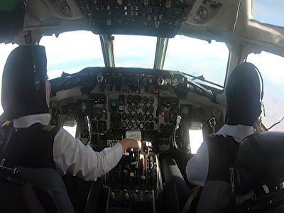 خلبانان زن ایرانی