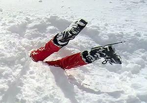 گیر افتادن در برف