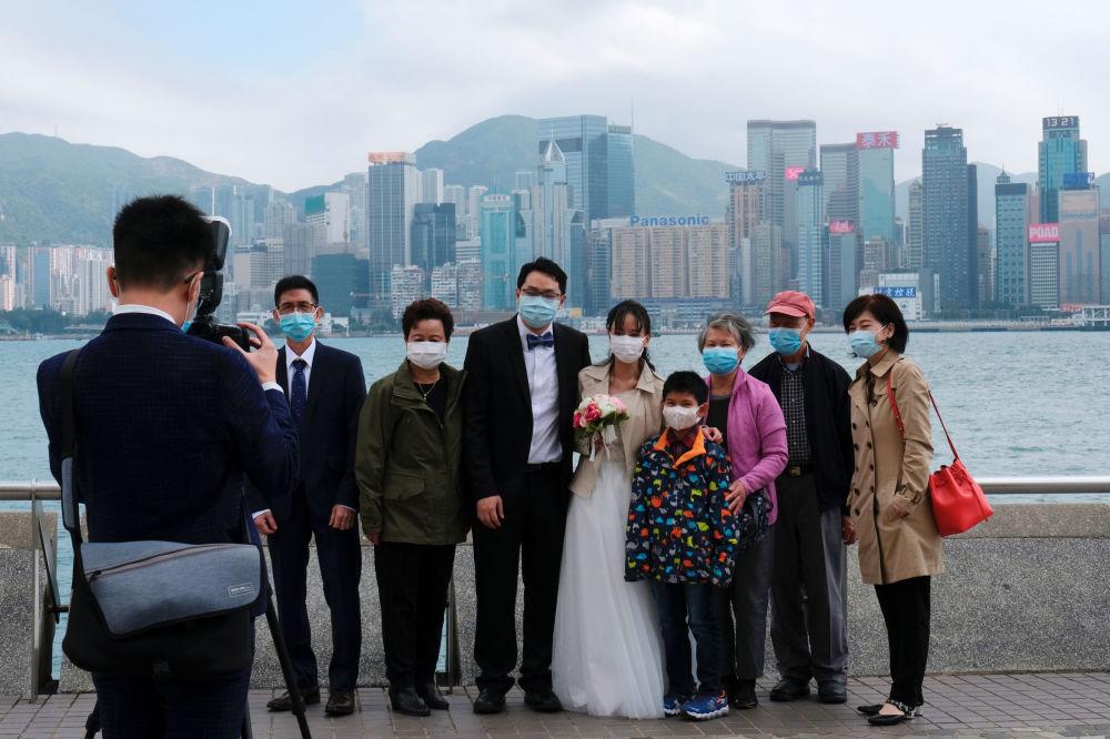 ماسک در مراسم عروسی