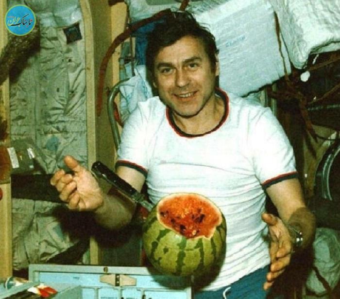 لذت چشیدن میوه ها در فضا