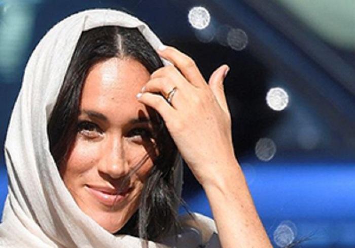 گردش همسر شاهزاده بریتانیا با حجاب اسلامی!
