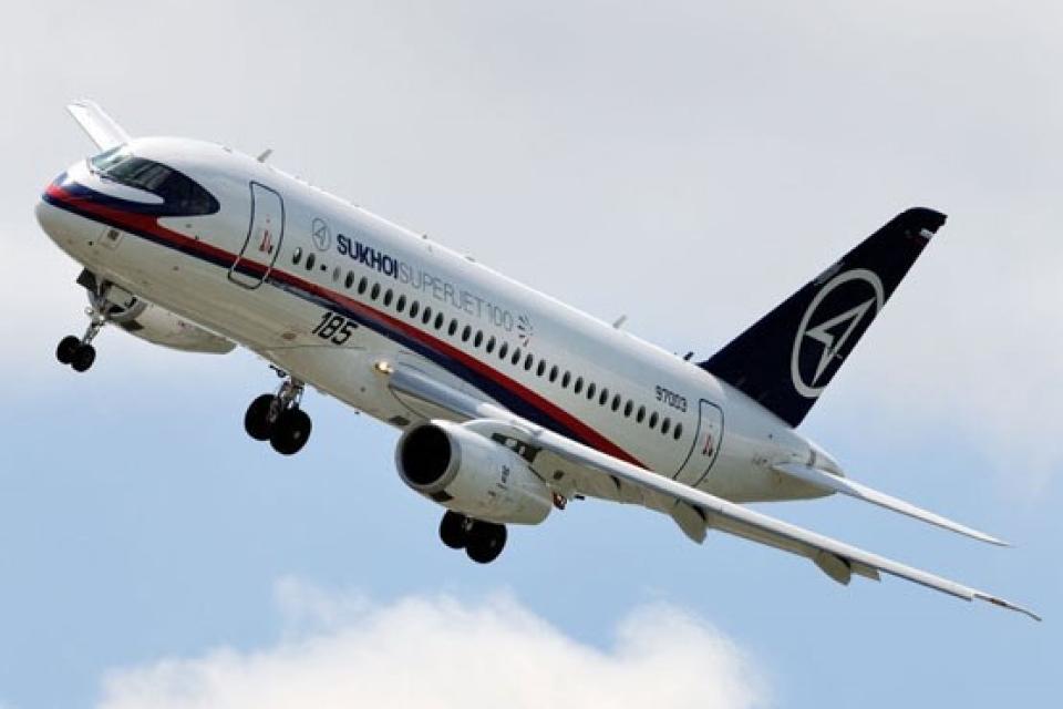 فرود اضطراری یک هواپیمای مسافرتی در روسیه