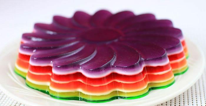 دسر ساده و خوشمزه ژله رنگین کمان