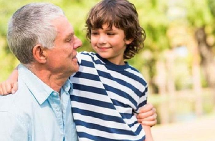 نوه و پدربزرگ