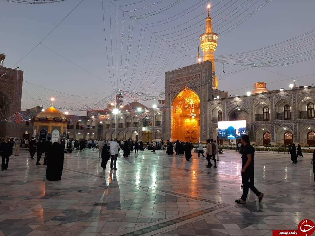 مشهدی ها، پس از ماه ها دوری مهمان امام رضا(ع) شدند