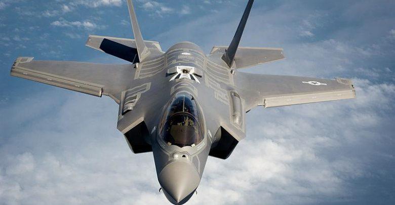 مانور خاص جنگنده F ۳۵