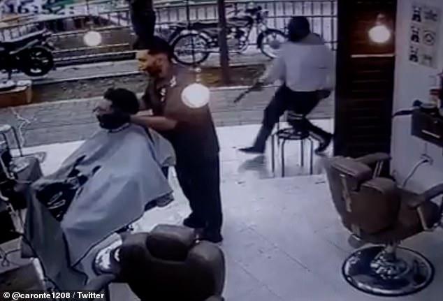 تیراندازی در آرایشگاه