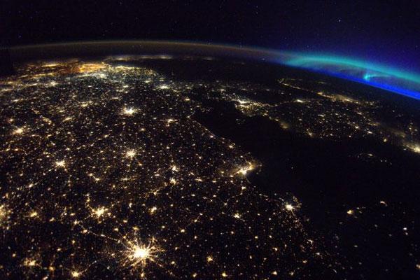 فضا در شب