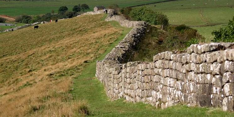 دیوار دفاعی