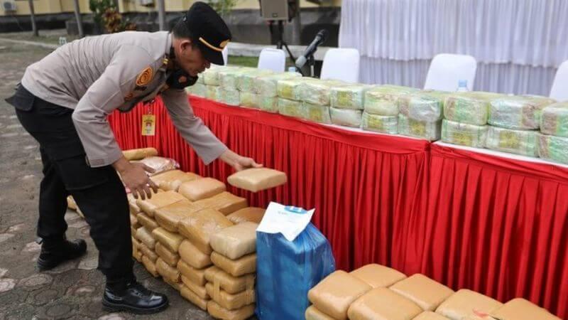 کشف مواد مخدر در اندونزی