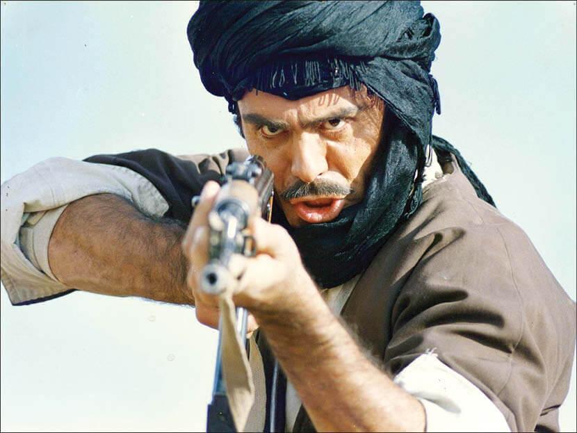 جمشید هاشم پور در فیلم عقاب ها