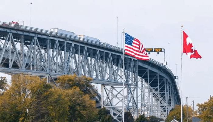 مرز کانادا و آمریکا