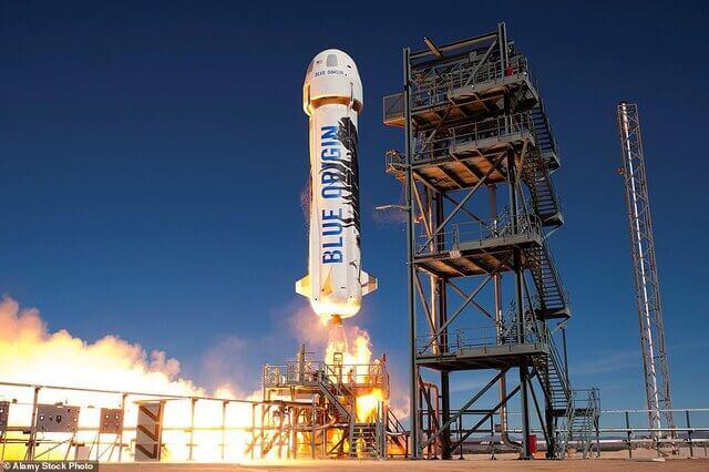 پرتاب موشک به فضا