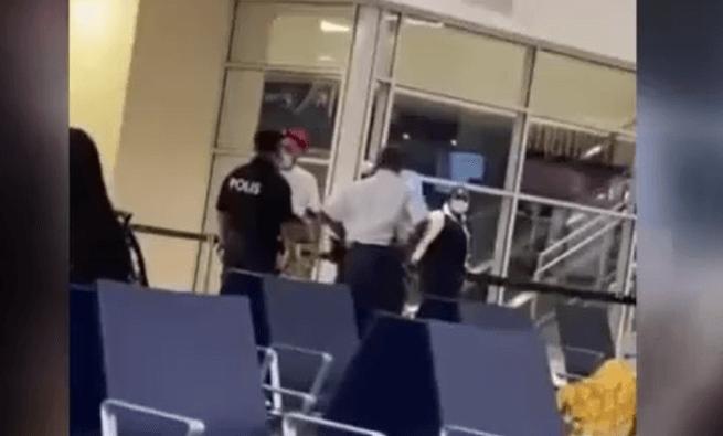 سیلی در فرودگاه هلند